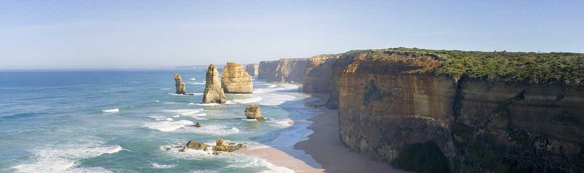 1 Day Great Ocean Road & 12 Apostles Tour $105