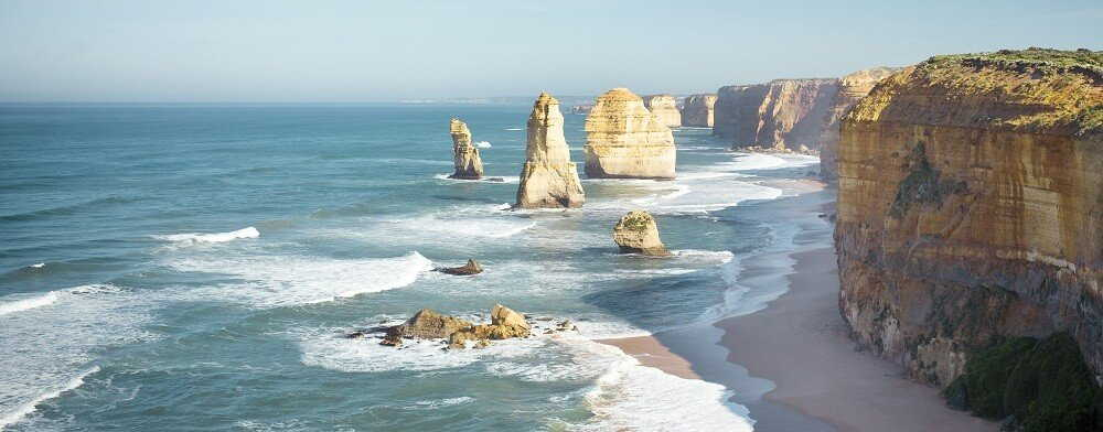 1 Day Great Ocean Road & 12 Apostles Tour $97