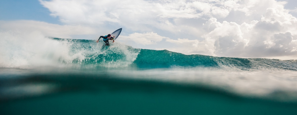 Where can you surf on the Great Ocean Road?